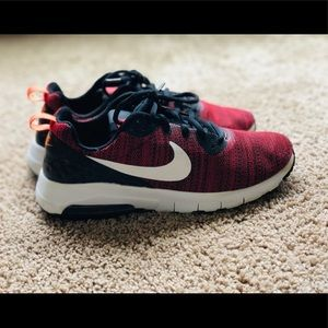 Youth size 6 running shoes.
